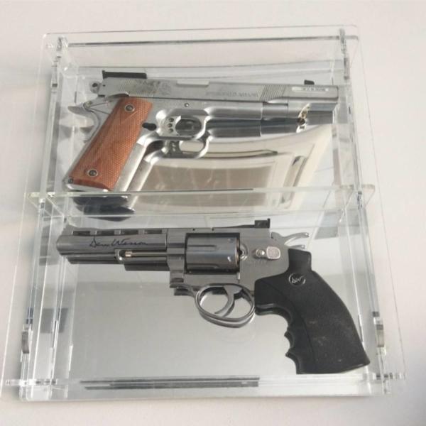 Vitrina colección armas